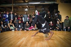 Dancers battling during WOD Chicago's Simple Mobile All-Styles event (Nathan Lee, courtesy World of Dance)