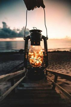 25 Ideas For Lighting Wallpaper Lanterns Pretty Pictures, Cool Photos, Jolie Photo, Fairy Lights, Wallpaper Backgrounds, Nature Photography, Firefly Photography, Festival Photography, Exposure Photography