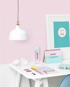 Dream room  #deskgoals http://ift.tt/1l1r6p4 . . .  #planneraddict #plannercommunity #planner #colorcodesigns #plannerspread #plannerlove #plannergoodies #plannerjunkie #plannercommunity #planners #plannernerd #plannerobssessed #plannergirl #plannerlife #erincondrenlifeplanner #eclp #happyplanner #mambi #plannerinspo #erincondren #stationerylover #plannerlust #halfweek #weeklylayout #fullweek #printablestickers #onmydesk #weeklyspread #inmyplanner