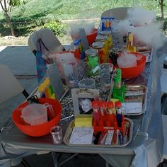 Mad Scientist Party - I PRAY I won't forget this for when I actually get to plan kid's parties.
