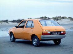 Of het nu een Amerikaanse carriére is, razende populariteit of het scheppen van een nieuw segment: compacte Renaults hebben het meegemaakt. We gaan in vogelvlucht door de geschiedenis van de Mégane!