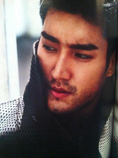10 Photos of Siwon Choi Looking Manlier Than Ever