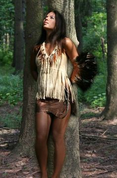 Jana Mashonee - Jana is a Native American of Lumbee and Tuscarora descent and . - Jana Mashonee – Jana is a Native American of Lumbee and Tuscarora descent and … - Native American Models, Native American Pictures, Native American Quotes, Native American Beauty, Native American Tribes, Native American History, American Indians, Native American Warrior, American Indian Girl