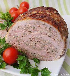 Kolejny pyszny domowy wyrób. Tym razem, rolada z schabu nadziewana mięsem mielonym. Idealna jako dodatek do pieczywa ale na ciepło również j...