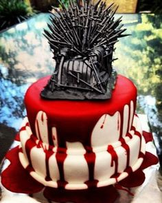 Blood-Drenched GAME OF THRONES Wedding Cake