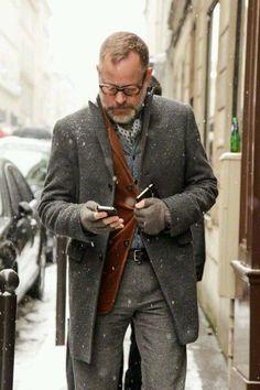 グレー系チェスター×ウールパンツ | No:70600 | メンズファッションスナップ フリーク - 男の着こなし術は見て学べ。