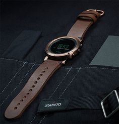 Suuntu Essential Collection - With stainless steel construction & sapphire crystal glass, these watches offer altimeter, barometer, & compass function. Available in a variety of finishes including copper, gold, & stealth black carbon.