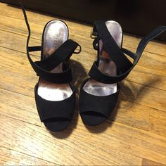 Black heels Super comfy and great condition! No trading! Open to negotiations! Never worn. Bought for prom and never used them. Madden Girl Shoes Heels