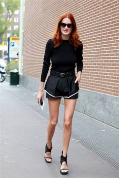 Taylor Tomasi Hill // perfect blazing red hair