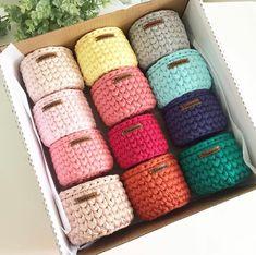 Repost: كارگاه سبدبافي مقدماتى(تريكو بافى) براى شركت تو اين كلاس نياز به هيچ پيش زمينه اى نيست و لازم نيست هيچ وسيله اى با… Crochet Storage, Crochet Box, Crochet Basket Pattern, Crochet Motifs, Cute Crochet, Crochet Crafts, Crochet Stitches, Crochet Projects, Knit Crochet