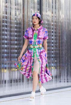 Chanel RTW SS 2017 Look 37 #Chanel #DataCenterChanel #SpringSummer2017   Visit espritdegabrielle.com L'héritage de Coco Chanel #espritdegabrielle