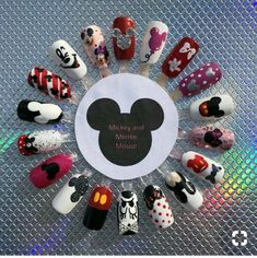 Nageldesign Mickey and Minnie Mouse - - Nail Art Disney, Disney Acrylic Nails, Disney Nail Designs, Cute Acrylic Nails, Cute Nail Art, Cute Nail Designs, Cute Nails, Art Designs, Ongles Mickey Mouse