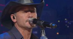 Conservatives Attack Tim McGraw For Playing Fundraiser For Sandy Hook Non-Profit