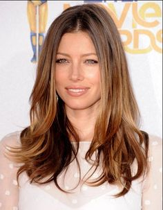 Jessica Biel Hairstyle and color for the fall