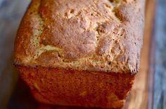 Esta é mais uma excelente receita de pão sem glúten e sem lactose feito no liquidificador.E esse é o grande charme dela, pois, apesar de não levar esses dois ingredientes e ser feito no liquidificador, o resultado é muito bom.