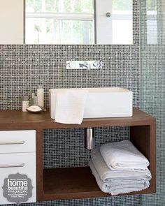 Bathroom: Modern.