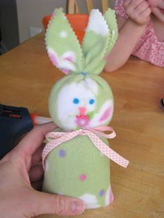 Fleece beanie bunny tutorial.  Adorable!!  A perfect little companion for a little one.  Complete how-to in link.