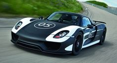 Porsche Reveals Pre-Production 918 Spyder Plug-in Hybrid Super Car with More than 770HP - Carscoop