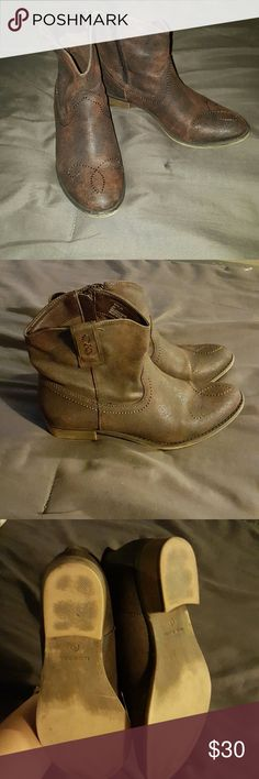 Cowgirl boots Cute and comfy. Side zipper. Only worn twice. Cathy Jean Shoes Ankle Boots & Booties