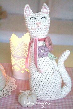seidenfeins Blog vom schönen Landleben: eingezogen: Pippa die Katze * DIY * arrived : Pippa the cat