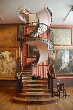 When i buy my own house I WILL have a spiral staircase. If the house I buy doesn't have one, then I will have it built. Style At Home, Interior Architecture, Interior And Exterior, Interior Design, Staircase Architecture, Luxury Staircase, Organic Architecture, Modern Staircase, Building Architecture