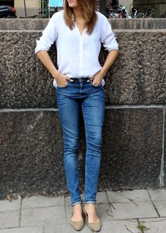 White shirt and blue jeans - works always!