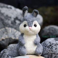 Beautiful Needle felting wool animals squirrel (Via @forrestsoundsfelts)