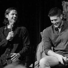 Jensen Ackles and Jared Padalecki ~ VegasCon 2014 ~ Supernatural