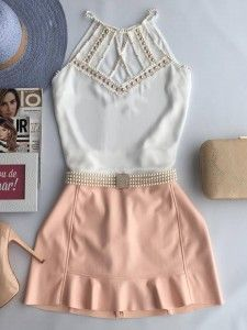 Compre Blusa - Moda Feminina na loja Estação Store com o menor preço e ande sempre na moda. Fashion Line, Teen Fashion, Fashion Outfits, Cute Skirts, Cute Dresses, Stylish Outfits, Cute Outfits, Skirt Outfits, Dress To Impress