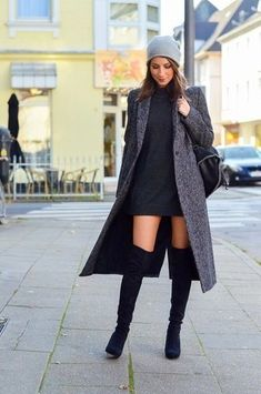 OUTFIT Zara Maxi Coat, black overknee boots, cashmere beanie, Stella McCartney f. Long Boots Outfit, Thigh High Boots Outfit, Over The Knee Boot Outfit, Knee Boots, Mode Outfits, Casual Outfits, Fashion Outfits, Fashion Trends, Fashion Inspiration