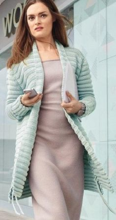 Вязать кардиган спицами Crochet Clothes, Knit Crochet, Knitting, Model, Dresses, Fashion, Wraps, Jackets, Tejidos
