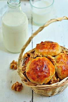 amasya coregi tarifi Croissants, Flan, Camembert Cheese, Vegetarian Recipes, Muffin, Healthy, Breakfast, Desserts, Drink