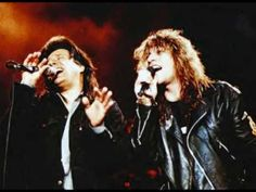 Steve Perry & Jon Bon Jovi my 2 favorite rock band lead singers!