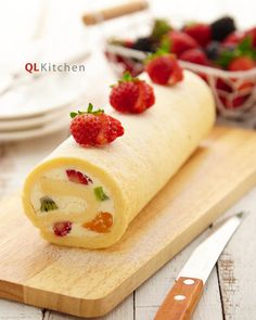 Fruity Vanilla Swiss Roll Recipe