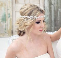 Crystal Headband Wedding Headband by AshleighMalangoneNY on . Wedding Headband, Bride Headband, Gatsby Wedding, Wedding Bells, Dream Wedding, Hippie Elegante, Hair Inspiration, Wedding Inspiration, Crystal Headband