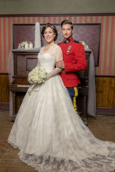My dream wedding dress- Jack and Elizabeth Thornton - When Calls The Heart season 5 Elizabeth Thatcher, Erin Elizabeth, Jack And Elizabeth, Movie Wedding Dresses, Wedding Movies, Wedding Gowns, Jack Thornton, Daniel Lissing, Erin Krakow