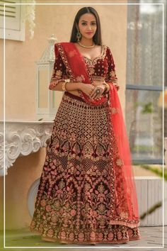 --->Kinas Designer is your one-stop shop for all types of Bridal Wear Collection. --->For more information contact us (Call/Whatsapp): +91 78028 85280 #lehenga #bridallehenga #weddinglenega #designerlehenga #lehengacholi #indianwedding #indianfashion #indianbride #weddingdress #bridalwear #bridal #indianwear#anarkalilehenga #bride #instafashion #style #traditionallehenga#india #sabyasanchi #manishmalhotra #handworklehenga Lehenga Choli Online, Ghagra Choli, Bridal Lehenga Choli, Indian Wedding Lehenga, Indian Lehenga, Art Marron, Bollywood Lehenga, Bollywood Style, Saree