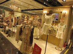 LIZ LISA 公式サイト, liz lisa fashion, tokyo lizlisa, liz lisa hong kong, rakuten, sweet, girly, cute clothing! Japanese girls dresses, Kawaii gyaru fashion, shibuya girls collection, shibuya 100 shops, best hong kong boutiques, tokyo japan gyaru clothing, white lace dress, kawaii purses, hong kong shopping guide, shibuya fashion brands, liz lisa shopping, ブランド LIZ LISA