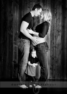 I wish I had done something like this when I was pregnant with Cade. Oh well, guess I need to get pregnant again and do one.