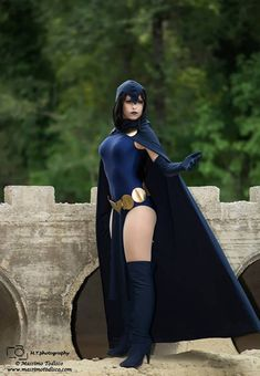 Raven Cosplay http://geekxgirls.com/article.php?ID=1915
