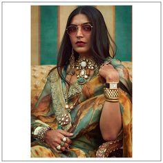 Sabyasachi Sarees, Shyamal And Bhumika, Tarun Tahiliani, Indian Couture, India Fashion, International Fashion, Traditional Outfits, Fashion Brands, Women Wear