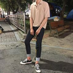 Korean Fashion Men, Ulzzang Fashion, Asian Fashion, Gents Fashion, Look Fashion, Fashion Outfits, Stylish Mens Outfits, Casual Outfits, Men Casual