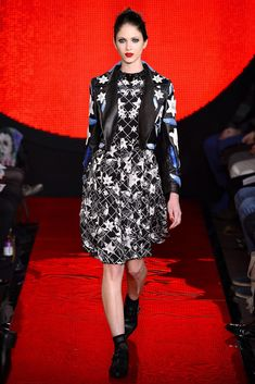 Holly Fulton Fall 2013 Ready-to-Wear Collection Photos - Vogue