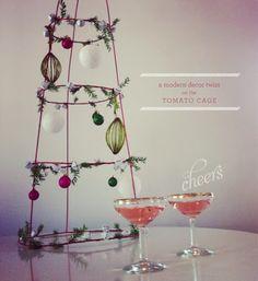 Brassy Apple: Christmas Holiday DIY tomato cage decor