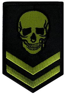Green Skull Military Patch Embroidered Iron-On Skeleton Brigade Emblem: This brand new embroidered patch makes an incredible souvenir and looks great on jackets and sleeves. Heat-seal backing allows buyer to iron this patch onto virtually any fabric. Pin And Patches, Iron On Patches, Punisher, Badges, Armas Wallpaper, Armas Ninja, Tactical Patches, Patch Design, Iron On Applique