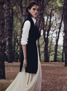 Crista Cober by Will Davidson for Vogue Australia May 2014 - Dress