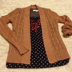 """Banana Republic ✨ Rose Gold Sparkle Cardigan Beautiful!!! Never worn, never washed. Pink colored with rose gold metallic threading. See material tag. Open cardigan measures approx. 21"""" long. 25"""" sleeve length. True XS/S. Banana Republic Sweaters Cardigans"""