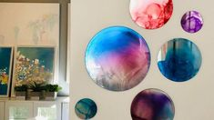 15 Clever Ways to Fake High-end Decor in Your Home. Chalk Paint Chairs, Painted Chairs, Concrete Bowl, Wall Decor Design, Acrylic Craft Paint, Pottery Barn Inspired, Burlap Table Runners, Faux Stained Glass, Honey Colour