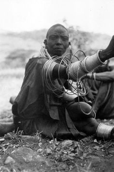 Africa   Masai woman sitting on the ground. Tanzania; 1930   ©Leipzig Mission; photograph by Dr Kunert