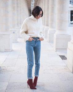 Pin for Later: 13 Tipps um jedem Rollkragenpullover einen modischen Twist zu verpassen In hoch geschnittene Jeans gesteckt